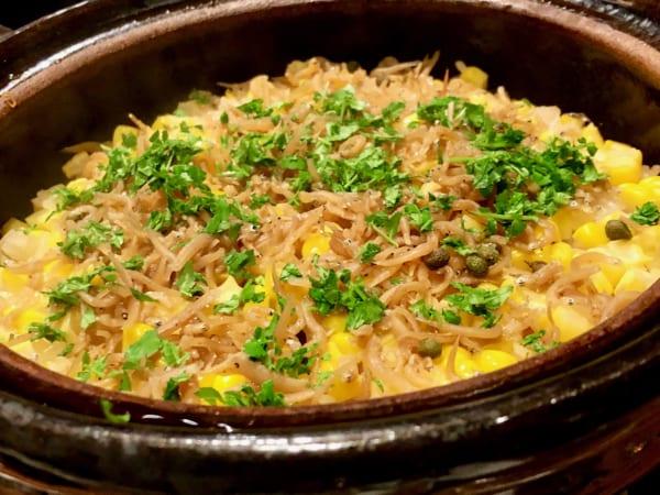 とうもろこしの甘さとじゃこの塩み、山椒のピリッとシビれる感じのバランスが絶妙すぎる最高傑作!