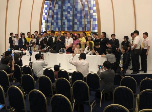 2019年参議院議員選挙。大きな話題になった「NHKから国民を守る党(N国)」の開票センターにて。彼らの戦術とは!?(撮影/畠山理仁)