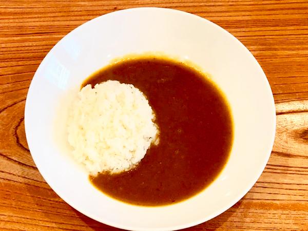 「スープドポワソンカレー」