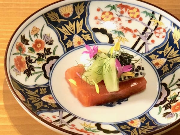 有田焼のお皿と長谷川さんの料理が美しすぎてホレボレします