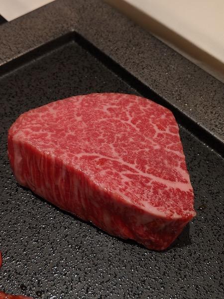 脂質、やわらかさ、甘み、すべてにおいて最上級。それが特産松阪牛だ