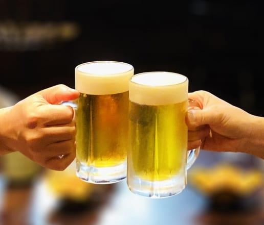 そうそう、乾杯! 乾杯! 今日のビールも最高!