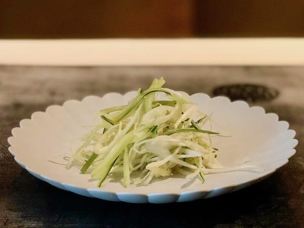 「搾菜と胡瓜と葱の和え物」