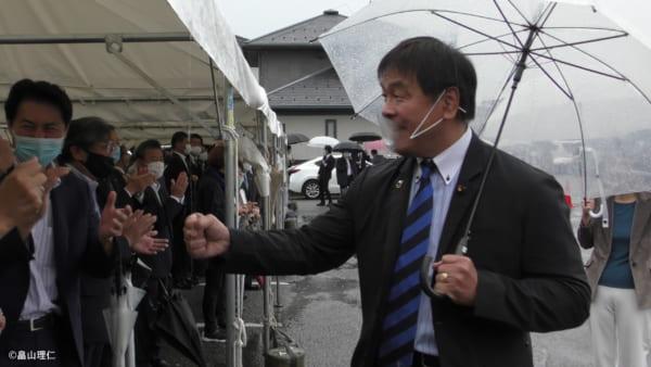 富山出身ということもあり、衆議院議員(石川一区)の馳浩氏も応援に駆けつけた。(撮影/畠山理仁)