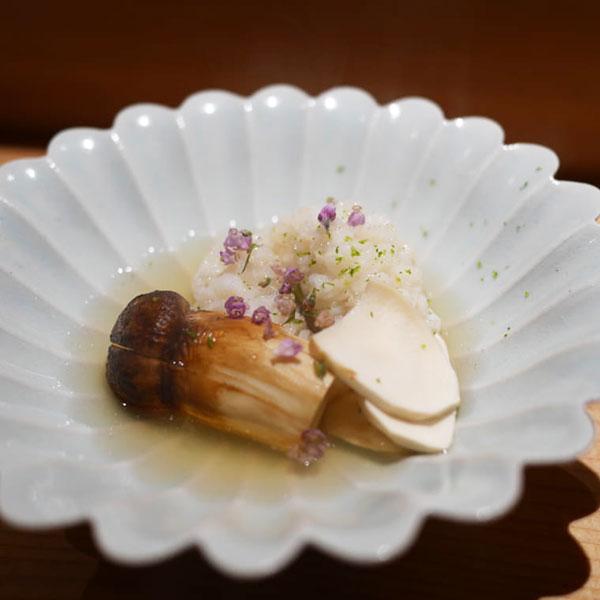 松茸とハモ……うなるほどの美味だ