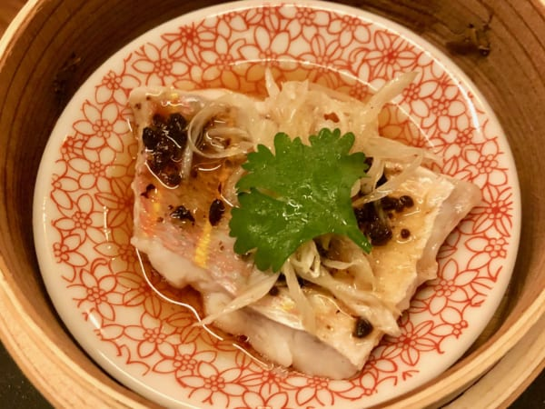 「イトヨリの葱豆豉とフィッシュソイソース(1,380円)」