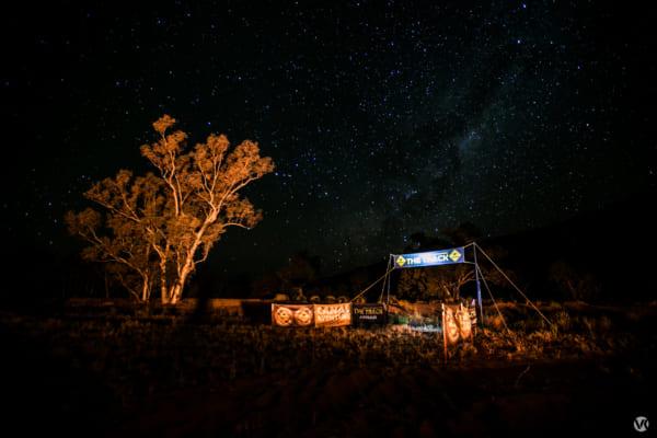 夜、空いっぱいに無数の星が広がっていた。北田さんいわく「人生で一番美しい夜空だった」。