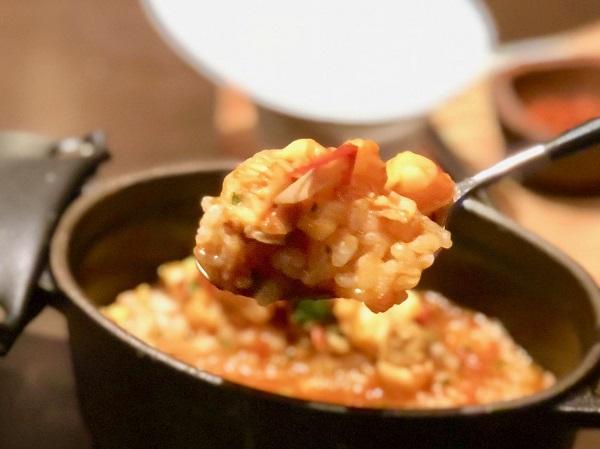 「意気込み」と命名されていた鉄鍋炊き上げごはん。今はストウブで炊いています