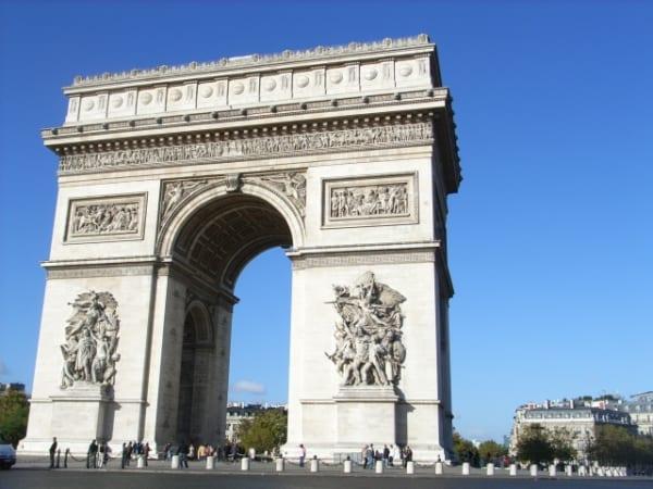 『ベルばら』がきっかけで憧れ続けてきたパリだったけど