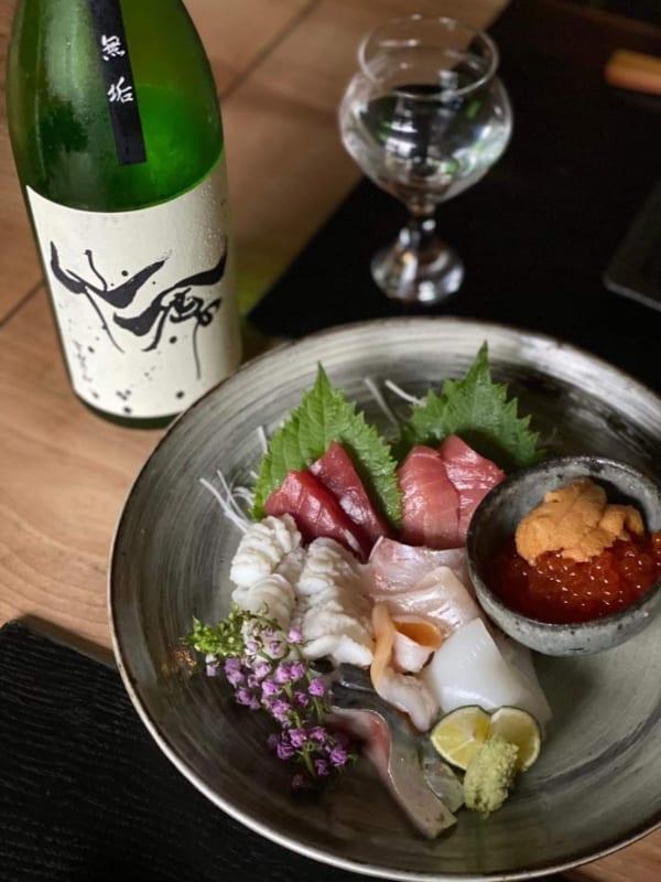 夜の営業では、昼とはまた趣の異なる日本料理が味わえる