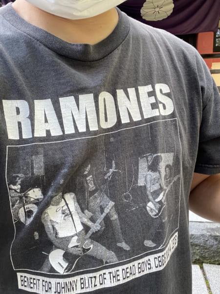 こんなTシャツを着てたのです